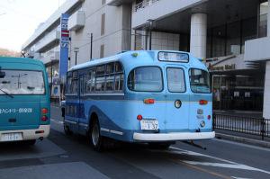 ボンネットバス02