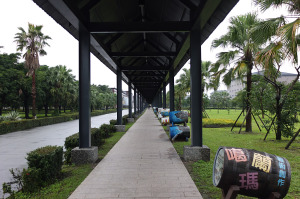 蒸留所への回廊